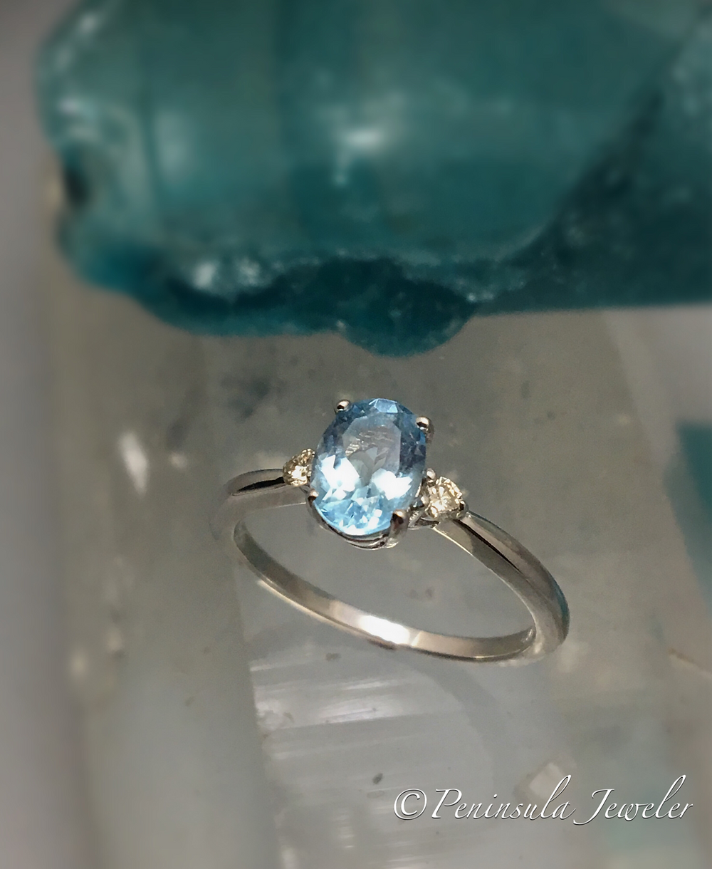 Aquamarine & Diam Ring