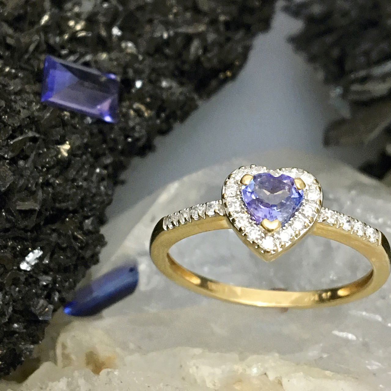 Tanzanite in LOVE