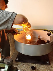 peninsula jeweler casting a ring