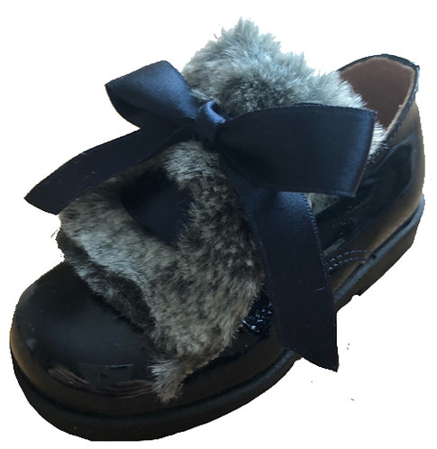 TNY Navy patent brogues with fur/bow