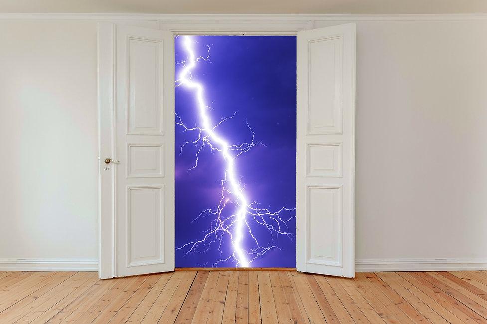 hinged-doors-2770571.jpg
