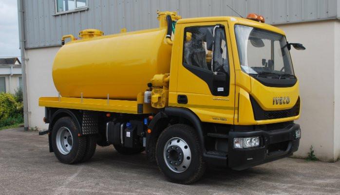 States works sewage truck