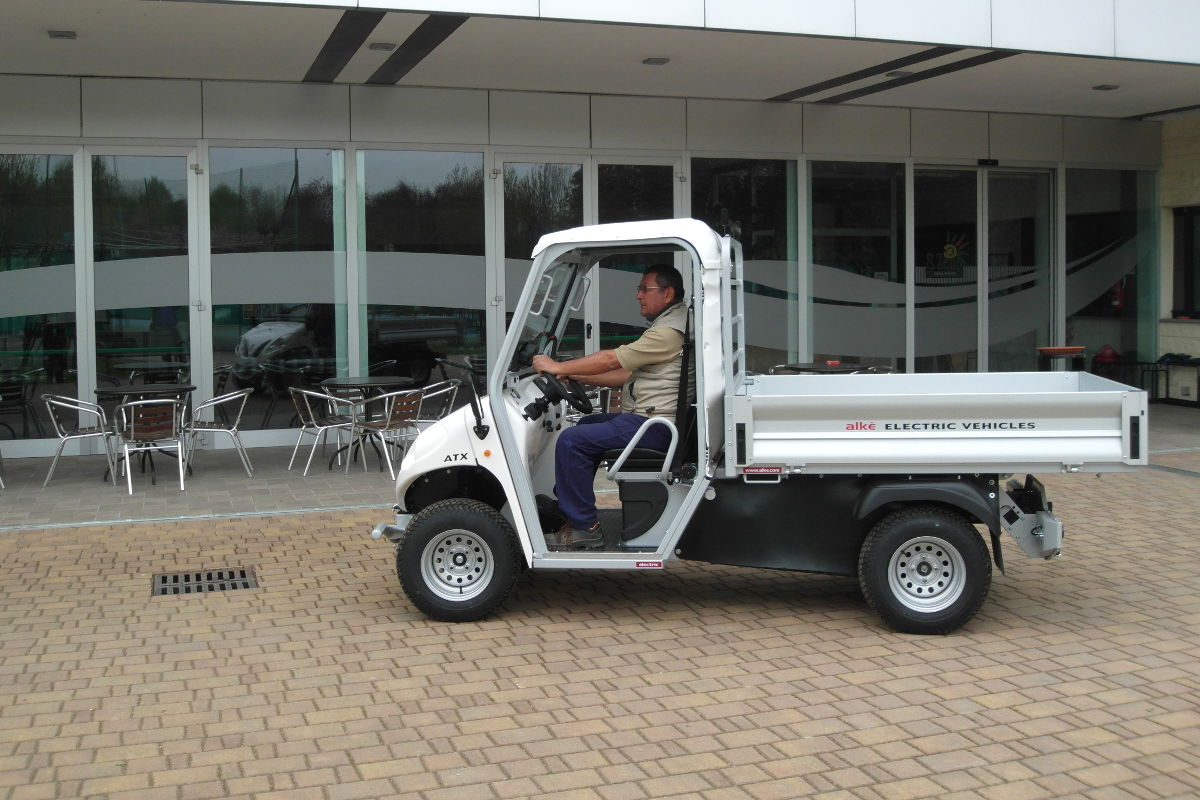 Alke Cargo bed electric-utility vehicle