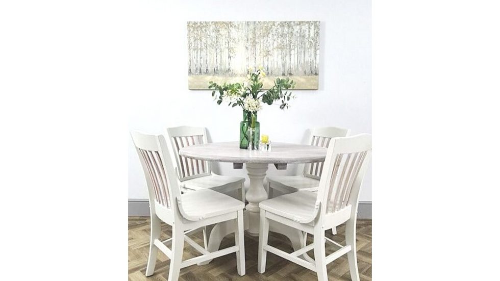 Kitchen/ Dinning Round Table and Four Chairs