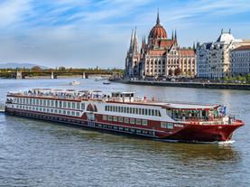 MS Serenity, Budapest, Danube