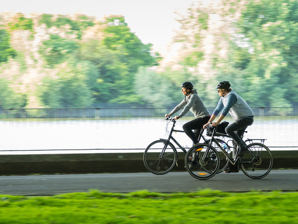 Cyclists, River Thames, Putney