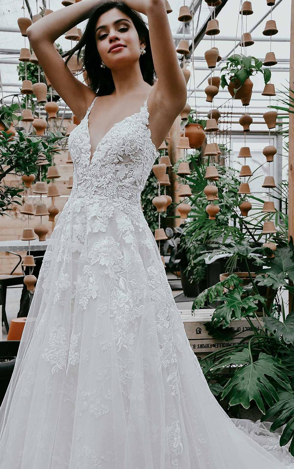 elopement wedding dress from essense of Australia