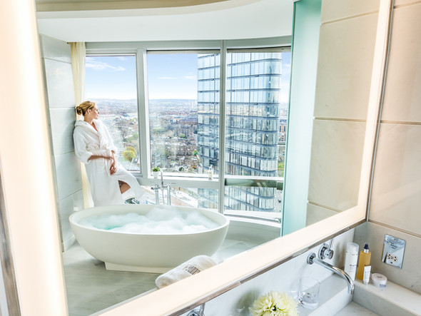 Canaletto Tower bathroom