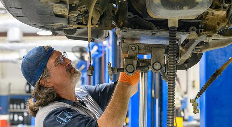 Experienced Mechanic Needed