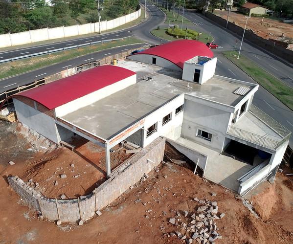 obras-construcao-flyerbee1.jpg