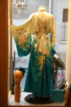 Kimono blanc et bleu