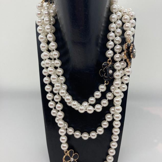 Sautoir avec perles en verre