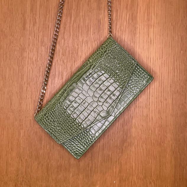Mini sac pochette en cuir façon croco