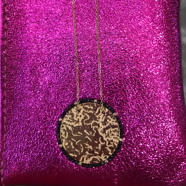 Collier médaillon plaqué or