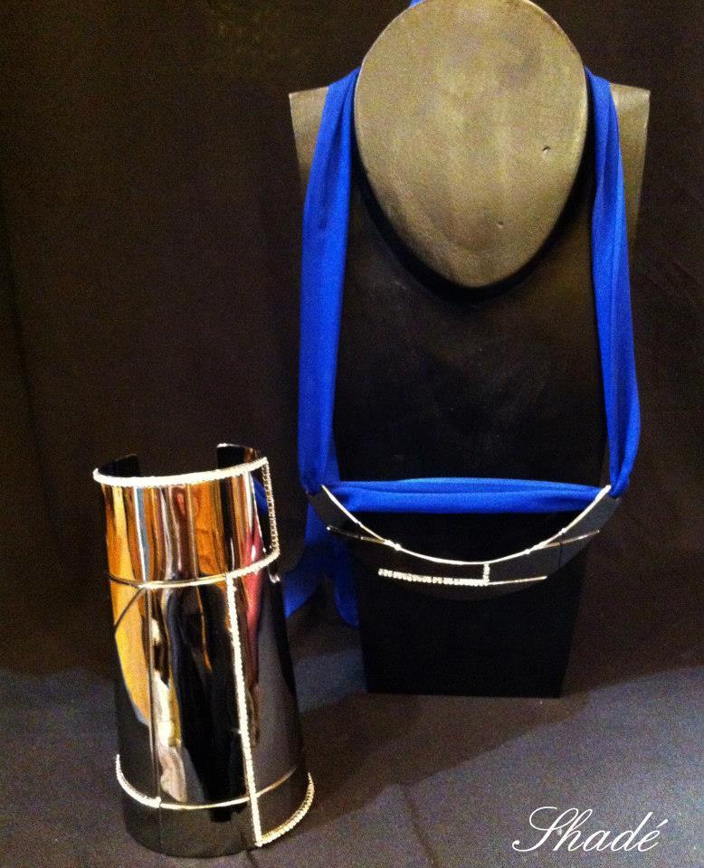 Créateur - manchette et collier chromés