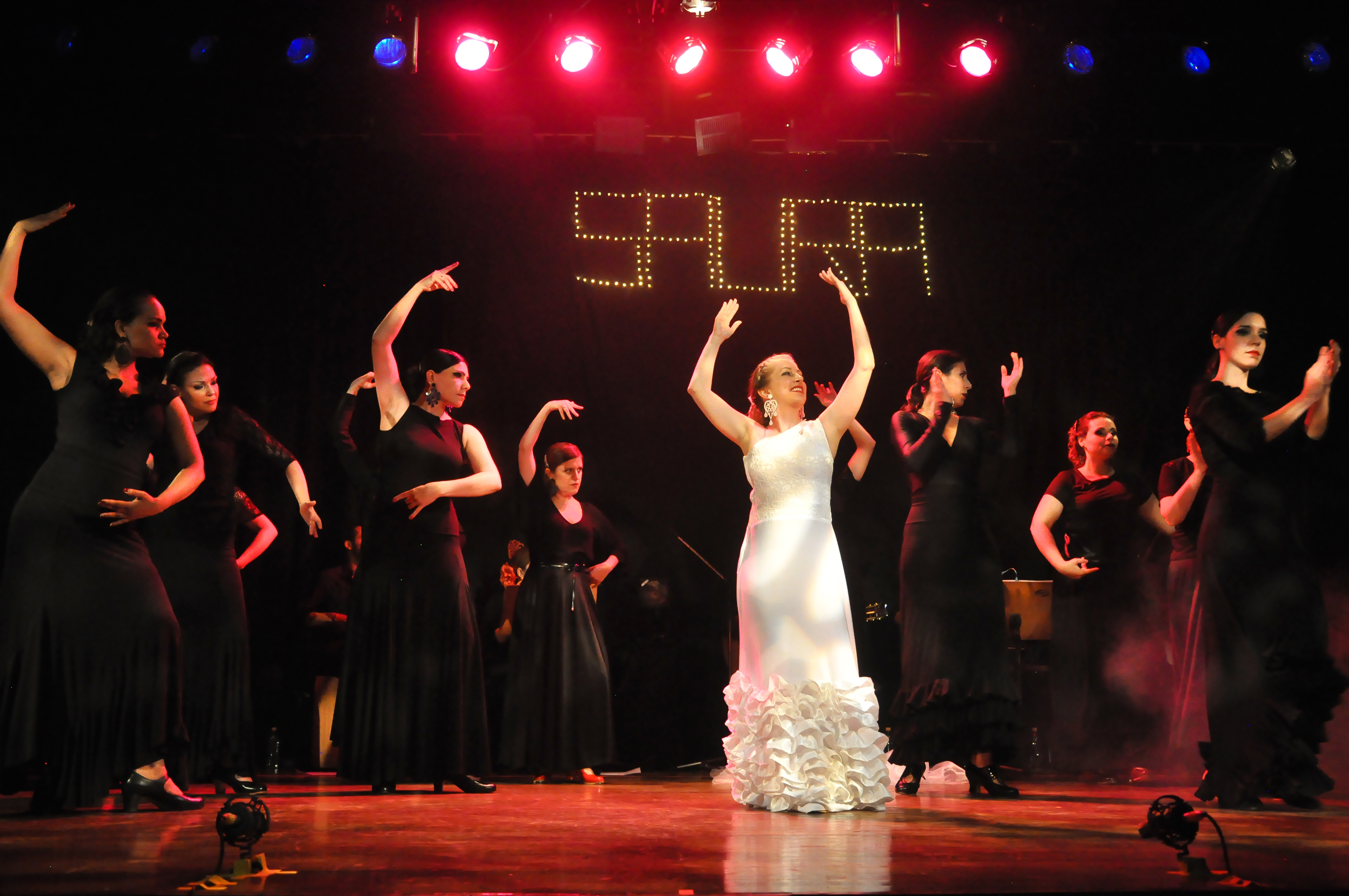 Saura (853)