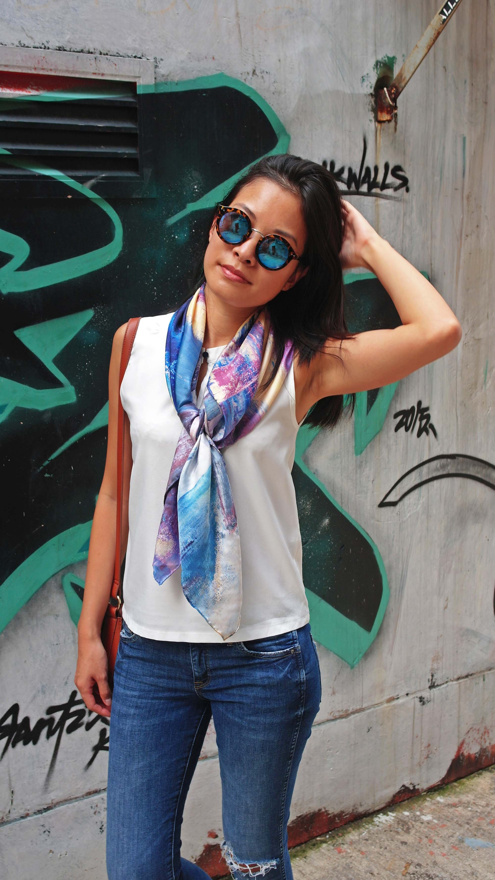 La promesse silk scarf street