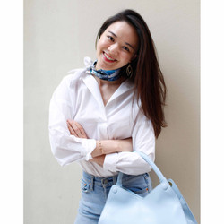Un jour de pluie silk scarf