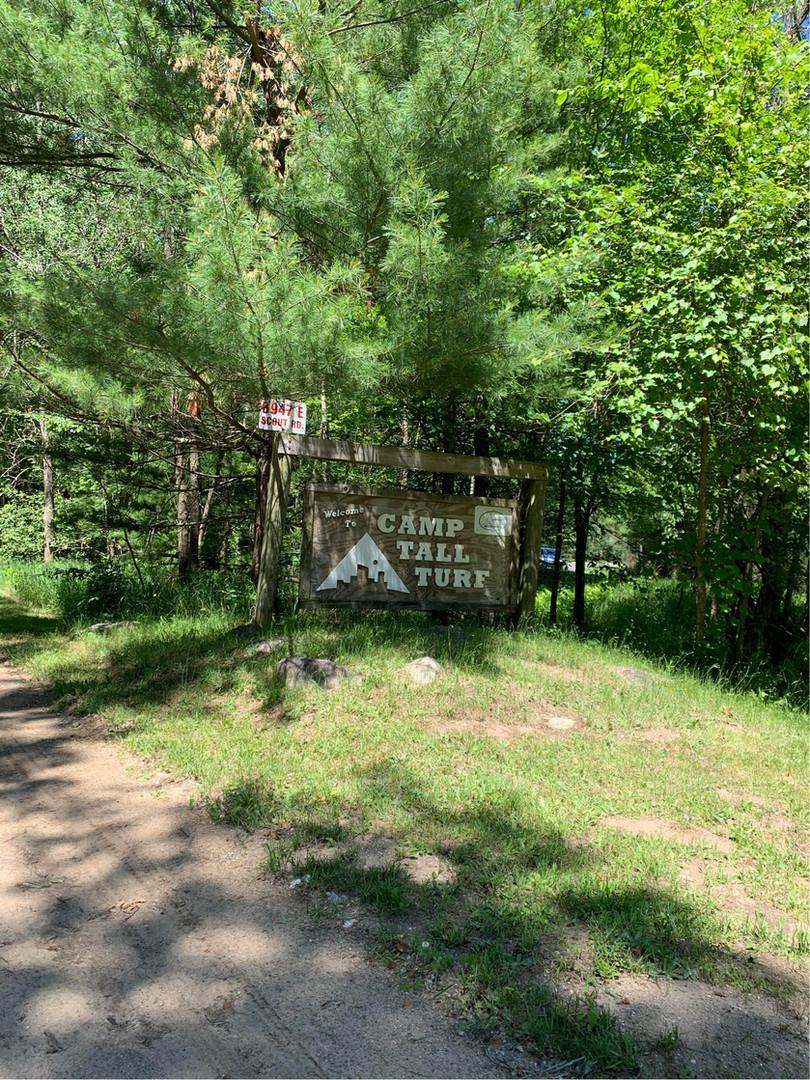 Camp Tall Turf Sign