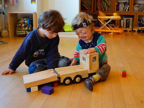 Rapport et conférence : accueil extrafamilial d'enfants en situation de handicap