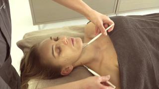 HYDRAMEMORY TREATMENT VIDEO_BRUSH MASSAG