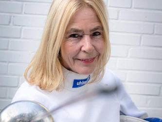 Mit 66 Jahren fängt das Fechten an - Heute ist Lore Rheinische Vize Landesmeisterin im Degen in ihre