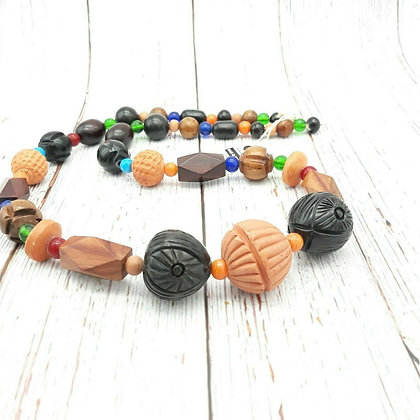 Retro Wooden Beaded Necklace