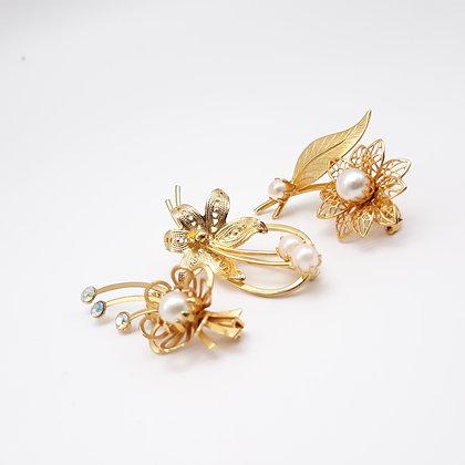3 Delicate Flower Lapel Pins