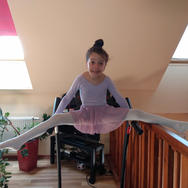 foto 3-6 lat  Emma SzlagaMash Art Klub S