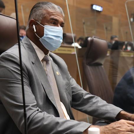 Gourzong señala irresponsabilidad del Gobierno en privatizar operación de escáner de APM Terminals