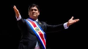 """Presidente Alvarado comparecerá ante diputados en """"calidad de testigo"""""""