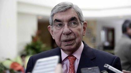 Oscar Arias, la no aprobación del crédito del BID es enviar una señal de insensatez