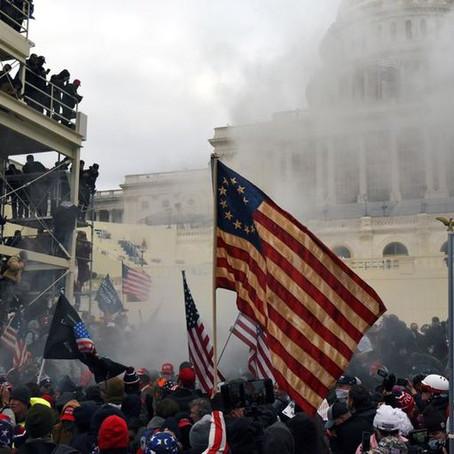 Ante los disturbios en Capitolio, grandes compañías suspendieron donaciones a los partidos políticos