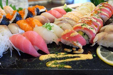 sushi catering cinco.jpg