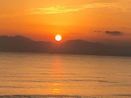 片瀬海岸の夕日
