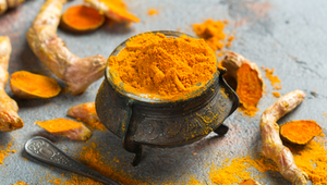 Turmeric is a commonly used spice that contains the anti-inflammatory oil curcumin