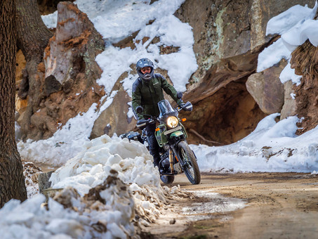 Royal Enfield Himalayan Gets Helpful Updates For 2022