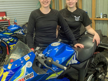 Suzuki Racing Dowman Sisters Face Off In 2021 Suzuki International Series
