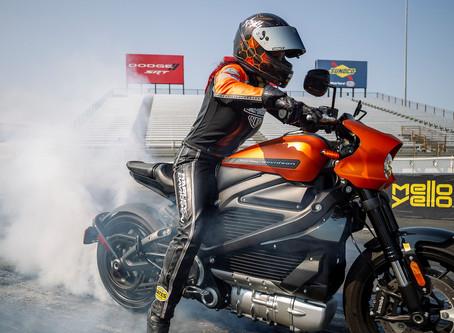 Harley-Davidson LiveWire Nabs EV Motorcycle World Records On The Drag Strip