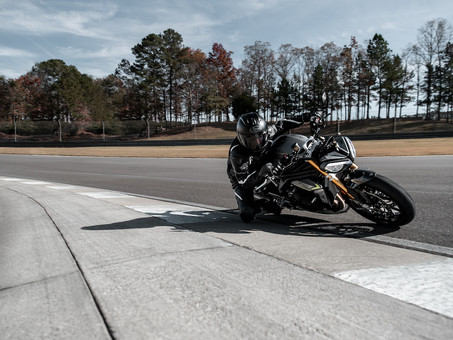 Triumph Speed Triple 1200 RS Unleashes More (and less) Triple Goodness