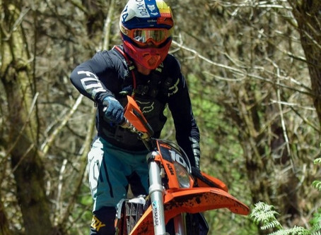 Buxton Wins Enduro Champs Opener