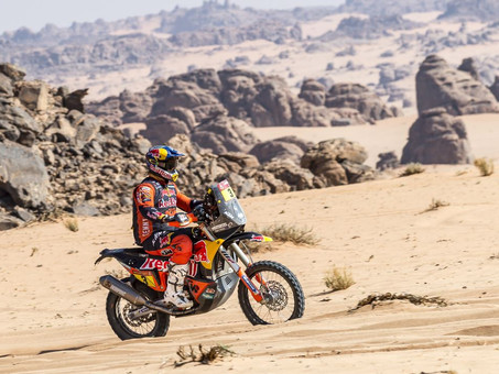Toby Price Crashes Out Of Dakar 2021