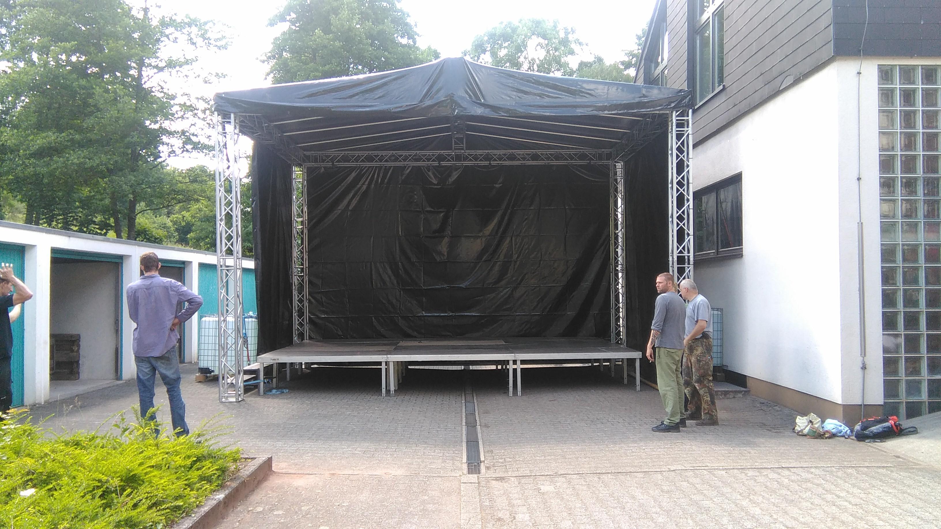 Dachfläche 7x5m, Bühnenfläche 6x4m