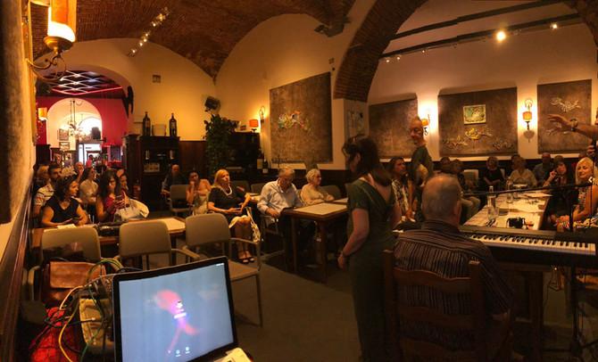 Concerto per presentazione Disco di Manuela alla Giubbe Rosse di Firenze.
