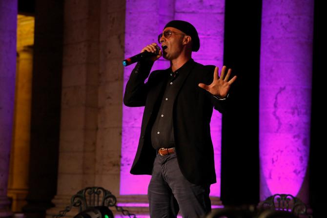 """Gianluca Gemini con """"Aria"""" in spagnolo ospite al 21° Festival voci d'Oro"""
