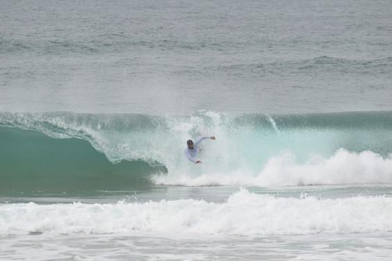 Rodrigo Carrajola e Jaime Bonito renovam os títulos de Campeões de Bodysurf Open e Júnior