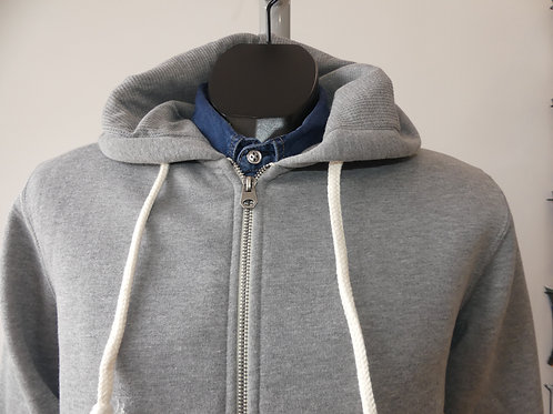 SWEAT CAPUCHE GRIS