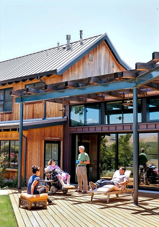 Social Deck in Livermore