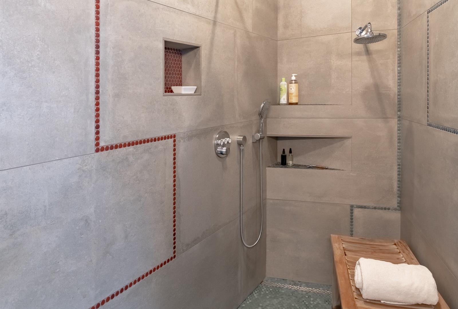 Roll-In Scylptural Shower