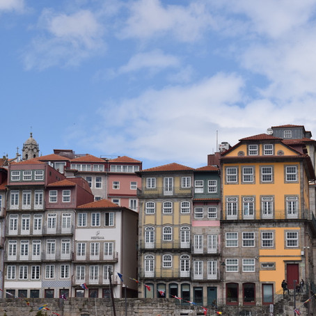 Porto: Rainy Hills and Azulejos